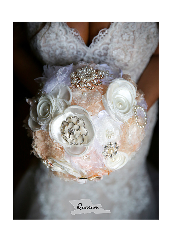 toronto weddings bouquet ideas Quarum photo video