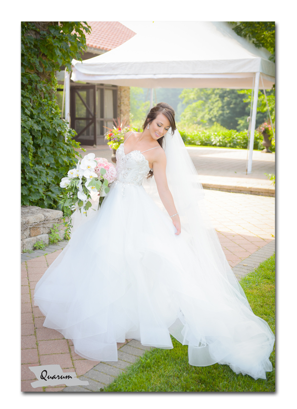 Toronto weddings, brides dress, miller lash house, luxury weddings toronto, quarum photo video